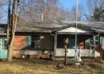 Foreclosed Home in Elizabethtown 42701 6824 BARDSTOWN RD - Property ID: 3513932