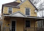 Foreclosed Home in Holland 49423 157 E 18TH ST - Property ID: 3515019