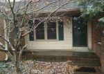 Foreclosed Home in Bowling Green 42104 2240 GRIDER POND RD - Property ID: 3515121