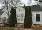 Foreclosed Home in Cedar Rapids 52403 393 MEMORIAL DR SE - Property ID: 3515148