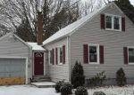 Foreclosed Home in Bridgeport 06610 193 PILGRIM RD - Property ID: 3516956