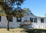 Foreclosed Home in Seguin 78155 2980 VIVROUX RANCH RD - Property ID: 3519334