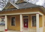 Foreclosed Home in Chattanooga 37404 708 S HIGHLAND PARK AVE - Property ID: 3520790