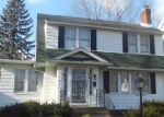 Foreclosed Home in South Bend 46615 1021 S TWYCKENHAM DR - Property ID: 3524581