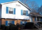 Foreclosed Home in Charlotte 28216 1725 WOODVALLEY DR - Property ID: 3529750