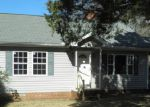 Foreclosed Home in Ninety Six 29666 2107 NINETY SIX HWY - Property ID: 3532150