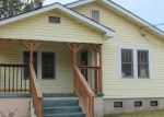 Foreclosed Home in Gadsden 35903 904 RIVERVIEW DR - Property ID: 3532383