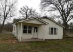 Foreclosed Home in Neosho 64850 8193 HOLLY RD - Property ID: 3533186