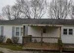 Foreclosed Home in Knoxville 37924 8632 MASCOT RD - Property ID: 3534318
