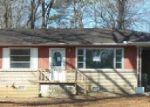 Foreclosed Home in Chattanooga 37411 801 N PARKDALE AVE - Property ID: 3542762