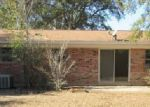 Foreclosed Home in Milton 32570 6411 BARNES ST - Property ID: 3545545