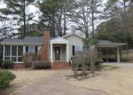 Foreclosed Home in Gadsden 35901 1015 ALCOTT RD - Property ID: 3549606