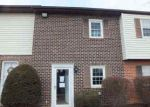 Foreclosed Home in York 17408 1718 BARON DR - Property ID: 3570275