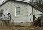 Foreclosed Home in Huntington 25705 1030 28TH ST - Property ID: 3576127