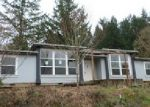 Foreclosed Home in Oregon City 97045 16736 S HOLCOMB BLVD - Property ID: 3579126