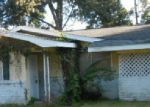 Foreclosed Home in Lafayette 70503 613 DANIEL DR - Property ID: 3588909