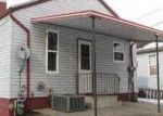 Foreclosed Home in Granite City 62040 2500 SHERIDAN AVE - Property ID: 3592472