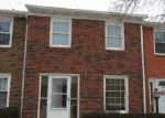 Foreclosed Home in Columbus 43204 2383 HARDESTY CT - Property ID: 3597952