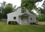 Foreclosed Home in Siloam Springs 72761 301 S CARL ST - Property ID: 3607527
