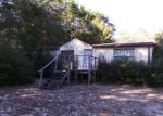 Foreclosed Home in Milton 32583 8668 FIELDS RD - Property ID: 3614037