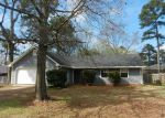 Foreclosed Home in Brandon 39047 103 LIVE OAK LN - Property ID: 3618197