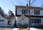 Foreclosed Home in Bay City 48706 115 W CALUMET ST - Property ID: 3618647