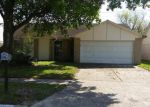 Foreclosed Home in Houston 77066 12146 E MARSHAM CIR - Property ID: 3626352