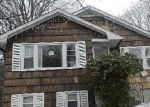 Foreclosed Home in Stratford 06614 105 SWANSON AVE - Property ID: 3626635