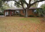 Foreclosed Home in Beaufort 29902 1703 PALMETTO DR - Property ID: 3627802