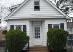 Foreclosed Home in Somerset 08873 51 MARTIN ST - Property ID: 3634917