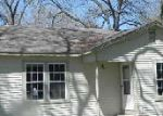 Foreclosed Home in Seguin 78155 1172 PECAN PT - Property ID: 3639734