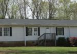 Foreclosed Home in Carrollton 30116 414 CRYSTAL DR - Property ID: 3648978