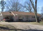 Foreclosed Home in Hohenwald 38462 408 SMITH AVE - Property ID: 3656975