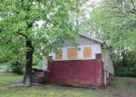 Foreclosed Home in Chattanooga 37411 901 MOSS ST - Property ID: 3660104