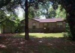 Foreclosed Home in Lake Charles 70615 2900 6TH ST - Property ID: 3663505