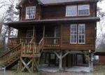 Foreclosed Home in Livingston 77351 165 OAKRIDGE - Property ID: 3663987