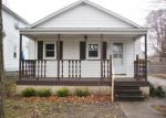 Foreclosed Home in Bay City 48706 1107 N WALNUT ST - Property ID: 3665642