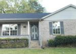Foreclosed Home in Nashville 37207 300 VISTA CV - Property ID: 3667218