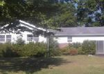 Foreclosed Home in Anniston 36206 6016 MEADOWBROOK PL - Property ID: 3686144
