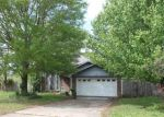 Foreclosed Home in Bryant 72022 412 BRYANT MEADOWS DR - Property ID: 3687120