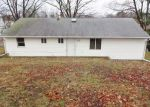 Foreclosed Home in Bridgeport 06606 1174 CHOPSEY HILL RD - Property ID: 3695421
