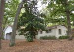 Foreclosed Home in Tyler 75701 2800 MEDINA DR - Property ID: 3696214
