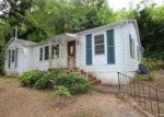 Foreclosed Home in Anniston 36207 1011 MICHAEL LN - Property ID: 3701938