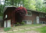 Foreclosed Home in South Bend 46628 21331 NOTTINGHAM CT - Property ID: 3702828