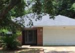 Foreclosed Home in Milton 32570 5762 ROLLING HILLS DR - Property ID: 3718298