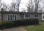 Foreclosed Home in South Bend 46637 19592 BRICK RD - Property ID: 3718546