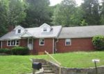Foreclosed Home in Sussex 07461 72 GLENWOOD MT RD - Property ID: 3718876