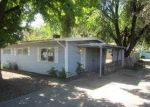 Foreclosed Home in Grants Pass 97526 955 SE M ST - Property ID: 3745642