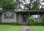 Foreclosed Home in Fort Smith 72904 2100 N R ST - Property ID: 3747096