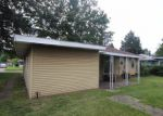 Foreclosed Home in Granite City 62040 2908 FORTUNE DR - Property ID: 3747674